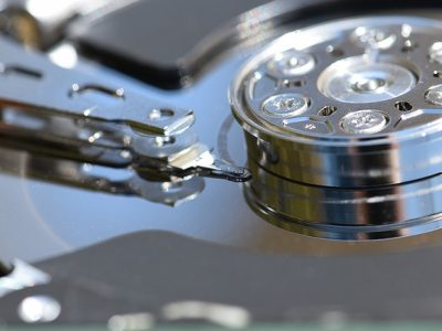 hard-drive-1348507_640
